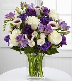 Show me your purple bouquets! : wedding i Wedding Bouquet Arrangement… Succulent Wedding Centerpieces, Wedding Bouquets, Wedding Flowers, Food Centerpieces, Purple Flower Arrangements, Purple Bouquets, Purple Flower Centerpieces, Vase Arrangements, Flower Bouquets
