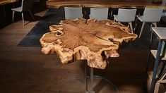 Stammdesign Holzmanufaktur - beautiful live edge table on a glass base. For more see stammdesign.at#sidetable #liveedge #couchtable #woodwork #slab #solidwood #handmade #table