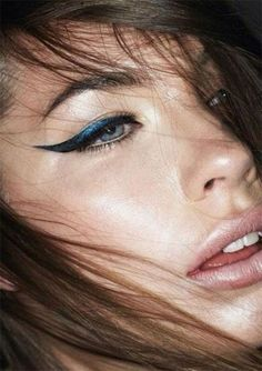 #Make-up 2018 20+ Beste, Einzigartige, Kreative Eyeliner Styles, Looks & Ideen 2018  #eyesmakeup #LippenMakeup #SexyMakeup #2018makeup #Einfach #Hochzeit #Augen #stylemakeup #trendmakeup #Contouring #Promo #Contouring #Perfektes #Schönheit #Sieht aus#20+ #Beste, #Einzigartige, #Kreative #Eyeliner #Styles, #Looks #& #Ideen #2018
