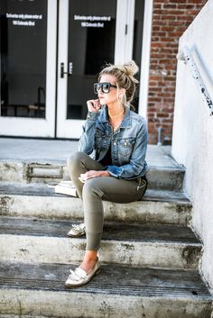 How to style joggers for spring.