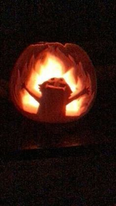 """""""Elmo rose to the top of my studio's pumpkin carving contest! Yes I am quite pleased with myself 😂"""" Funny Pumpkin Carvings, Scary Pumpkin Carving, Halloween Pumpkin Carving Stencils, Halloween Pumpkin Designs, Pumpkin Carving Contest, Amazing Pumpkin Carving, Pumpkin Carving Patterns, Halloween Pumpkins, Pumpkin Designs Carved"""