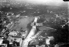 Circo Massimo ca) Best Cities In Europe, Old Photos, Rome, Statue, History, Retro, World, Painting, Palazzo