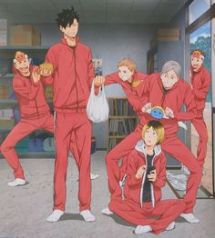 so if kenma looks v small next to lev and kuroo, and im kenmas height...shit fucking tall people