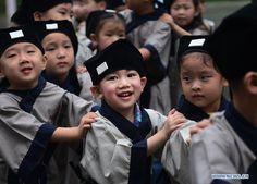 Zhuang, Liujiang in China Population 1,671,000 Christian 0.50% Evangelical 0.35% Largest Religion Ethnic Religions Main Language Zhuang, Liujiang
