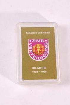 """DDR Museum - Museum: Objektdatenbank - Skatkarten """"ZV""""    Copyright: DDR Museum, Berlin. Eine kommerzielle Nutzung des Bildes ist nicht erlaubt, but feel free to repin it!"""