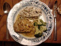 Zum Hauptgang servierte Rebekka einen Braten aus Grünkern, Tofu und Gemüse, dazu gab es Reis und Brokkoli