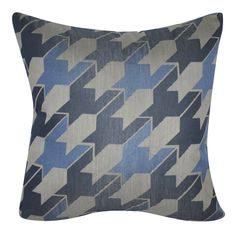 Houndstooth Decorative Throw Pillow