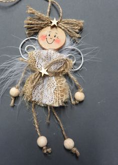Christmas angel made of jute, wooden parts and aluminum wire . the link leads directly to the A . - Christmas angel made of jute, wooden parts and aluminum wire … the link leads directly to the ins - Felt Christmas, Diy Christmas Ornaments, Homemade Christmas, Christmas Angels, Christmas Decorations, Christmas Wishes, Merry Christmas, Ornament Crafts, Handmade Ornaments
