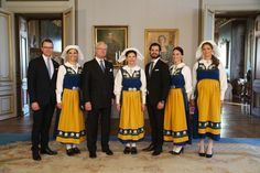 Pin for Later: The Swedish Royal Family Snaps a Must-See Portrait of Their Own