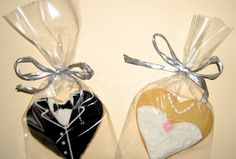 Hernández Wedding Candy, Wedding Favours, Wedding Ideas, Cut Out Cookies, Sugar Cookies, Bachelorette Cookies, Valentine Cookies, Wedding Cookies, Bridal Shower Favors
