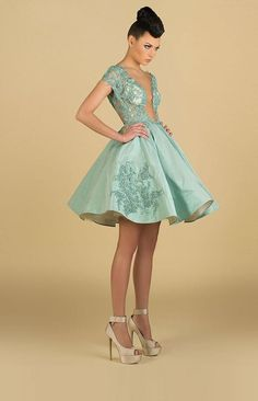 2015 Sexy Short Prom Dresses Sheer Neck Cap Sleeves Taffeta Tulle Knee Length Mint Green Puffy Backless Dresses Party Evening With Sleeves, $97.91 | DHgate.com