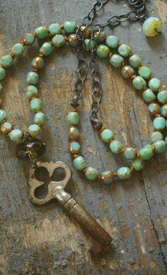 Mint vintage key