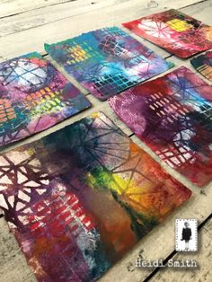 Abstract art by Heidi Smith using stencils, deli paper and acrylic paints. Check out her tutorial. Painting Collage, Stencil Painting, Collage Art, Acrylic Painting On Paper, Stenciling, Gelli Printing, Glass Printing, Plate Art, Painted Paper