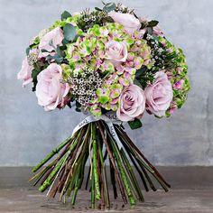 A McQueens bouquet+