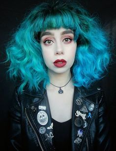 """Atomic turquoise dye with """"Ramona Flowers"""" inspired hairstyle by hannaohlssson"""