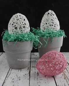 Paaseieren van wol, leuk om te knutselen voor Pasen. Er staat een DIY op mijn blog Homemade by Joke.