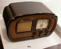 VEFSUPER B316. Latvian designer Adolf Irbite. Spark Gap, Retro Radios, Television Set, Antique Radio, Timber Wood, Household Items, Tv, Home Improvement, Crystals
