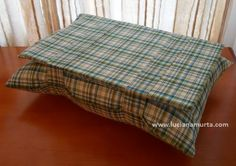 Almofadas para notebook masculinas   Luciana Murta Table, Furniture, Home Decor, Father's Day, Pillows, Filing Cabinets, Throw Pillows, Mesas, Decoration Home
