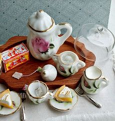 Can you tell this is the real thing? - Not! Miniature tea set....