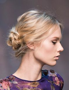 8 Hairstyles For Working Out 8 Hairstyles For Working Out Think Beyond The Haphazard Pony To Runway Inspired Hairstyles For Hitting The Gym The Mat Or The Trails Workout Hairstyles Hairstyles For The Gym Harper S Bazaar Winter Hairstyles, Up Hairstyles, Pretty Hairstyles, Wedding Hairstyles, Workout Hairstyles, Good Hair Day, Hair Dos, Hair Inspiration, Hair Inspo