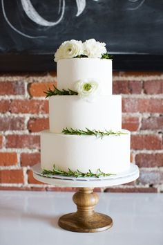 Baby shower cake   Wedding & Party Ideas   100 Layer Cake