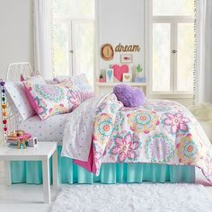 Kid room decor - Frank And Lulu Ariana Midweight Reversible Comforter Set Small Room Bedroom, Trendy Bedroom, Small Rooms, Bedroom Decor, Kids Rooms, Bedroom Wall, Small Space, Dorm Room, Teen Girl Bedrooms