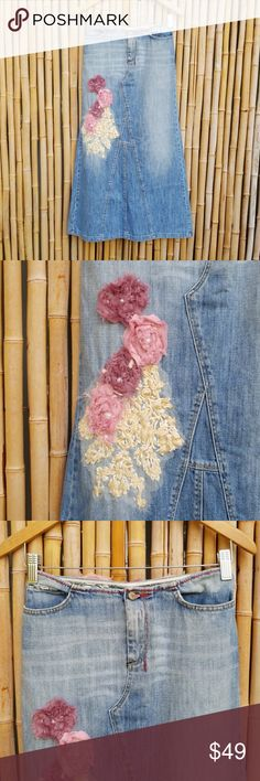 """GAS Blue Jean Rose Embellished Skirt! Medium GAS Blue Jean Rose Embellished Skirt!  Label size Medium Waist 15"""" Hip 18"""" Length 33"""" No tag but feels like 100% cotton  🚫No Trades 🙄😘  💲Bundle & Save!💲😀 🔘Use OFFER button to negotiate👍🤑 ❔Please Ask ?'s BEFORE you Buy🤔😃 💕Thank you for shopping my closet!💕 Skirts"""