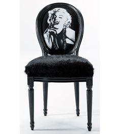 Silla Maryn Monroe   Material: Piel Sintetica   Todo el mundo es amorosa con Marilyn Monroe, silla en forma barroca con piel polar.Mueble realizado en Piel Sintetica y Madera de Alcanfor... Eur:513 / $682.29