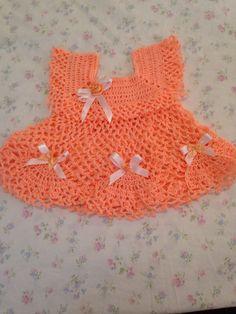 Vestido para bebés echos a crochet