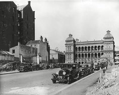 Martin Place, Sydney Photo shared by the State Records of NSW. Old Pictures, Old Photos, The Rocks Sydney, Australian People, Aboriginal History, Sydney City, History Photos, Historical Pictures, Sydney Australia