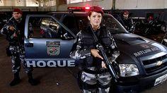 A policial faz parte do Batalhão de Choque (BPChoque). Mãe de três filhos, sendo uma mulher de 25 anos e dois homens, um de 18 e outro de 15 anos, ela afirma que não foi fácil conciliar as duas atividades, mas nunca pensou em desistir.
