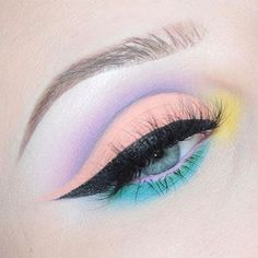 Amazing eye makeup in rainbow colors