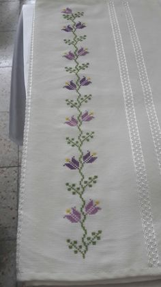 Cross Stitch Borders, Handmade, Cross Stitch Embroidery, Dishes, Towels, Crafts, Flower, Craft, Border Tiles