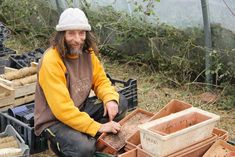 Pascal Poot tiene 52 años, es hijo de campesinos, autodidacta (dejó el colegio a los 7 años) ha desarrollado un método paracultivar 400 variedades de toma