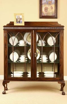 Vintage China Chippendale China Cabinet made of solid mahogany wood - Antique Curio Cabinet, Crockery Cabinet, Antique China Cabinets, Antique Console Table, Small China Cabinet, Corner China Cabinets, China Cabinet Display, Display Cabinets, Curio Cabinets
