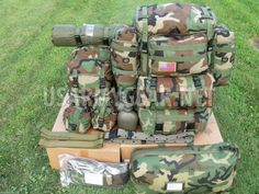 US Army Molle II 27 pcs. Army Service Uniform, Army Gears, Assault Pack, Funny Sports Pictures, Doomsday Prepping, Utility Pouch, Bug Out Bag, Military Gear, Cool Tools