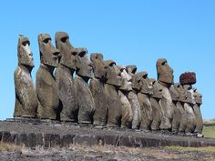 Aliens And Ufos, Ancient Aliens, Ancient History, Art History, Machu Picchu, Easter Island, Ap Art, Native Art, Ancient Civilizations