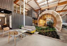 Uffici contemporanei di design nel libro WorkScape, New Spaces for New Work edito da Gestalten