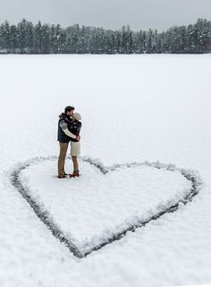 Ideas Wedding Winter Photoshoot Couple Photos For 2019 Winter Photography, Couple Photography, Wedding Photography, Photography Ideas, Amazing Photography, Funny Photography, Lake Photography, Christmas Photography Couples, Sweets Photography