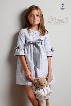 """Batín """"María"""" Cute Girl Outfits, Baby Girl Dresses, Pretty Outfits, Baby Dress, Kids Outfits, Baby Girl Fashion, Kids Fashion, Night Suit For Women, Frocks For Girls"""