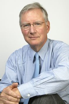 Explore the best Tom Peters quotes here at OpenQuotes. Quotations, aphorisms and citations by Tom Peters E-mail Marketing, Marketing Digital, Internet Marketing, Marca Personal, Personal Branding, Jack Welch, Tom Peters, Blogging, Unique Selling Proposition