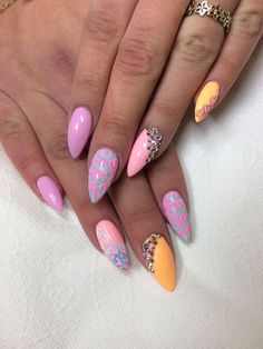 by Emilia Maria, Follow us on Pinterest. Find more inspiration at www.indigo-nails.com #nailart #nails #spring