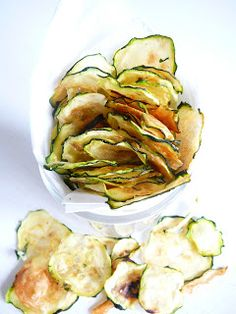 Delicious Blog, Ratatouille, Finger Foods, A Table, Cucumber, Potato Salad, Zucchini, Snacks, Vegetables