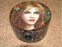 box Decoupage, Candle Holders, Candles, Box, Artwork, Handmade, Snare Drum, Work Of Art, Hand Made