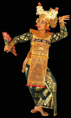 tari legong bali - Google Search Rare Clothing, Thailand, Indonesian Art, Dance Art, Padi Diving, Scuba Diving, People Of The World, Just Dance, Belle Photo