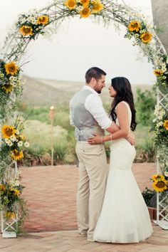 Cheerful And Bright Sunflower Wedding Ideas,spring weddings, yellow wedding colors, rustic country wedding ideas, wedding theme Wedding Ceremony Ideas, Wedding Arch Flowers, Wedding Bouquets, Ceremony Arch, Daisy Wedding Decorations, Wedding Arches, Flower Bouquets, Wedding Vows, Wedding Hair