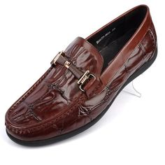 98.22$  Buy now - http://alil8c.worldwells.pw/go.php?t=32755659049 - For Crocodile Male Casual Men Shoes Genuine Leather The Trend of Male Moccasins Boat Shoes Man Fashion Flats Top Quality 2016