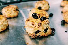raisin granola scones  #food#homemade#breakfast#recipe#scones#morning#ontheblog#foodblogger#vscocam#iphonegraphy#baking