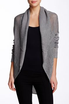 A chunky knit open front cardigan. This cozy fall piece can is stylish enough to wear to work, or dressed down with your favorite jeans and t-shirt.