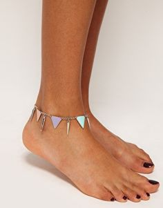 ASOS anklet! Too bad it's already summer ): $11.00